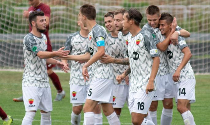 Металлург продлил контракты с пятью футболистами