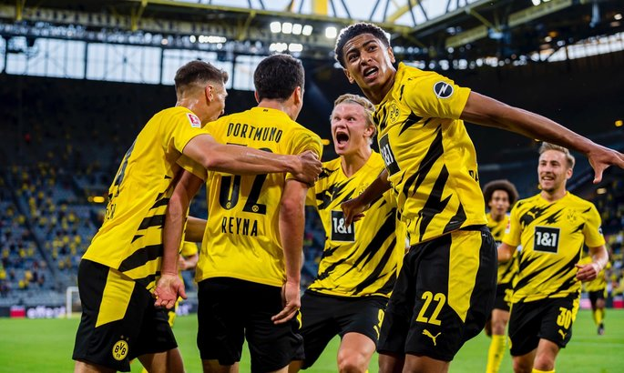 Дортмунд - Гладбах 3:0. Победа семнадцатилетних