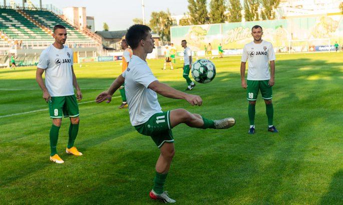 Подолье не смогло пробить второй состав Оболони, Чайка тренирует пенальти против Рубикона