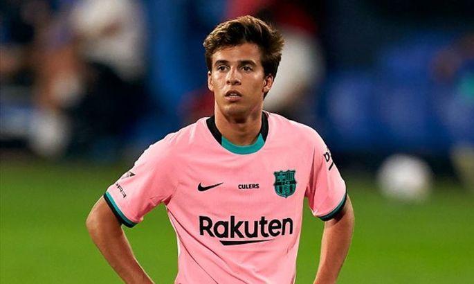 СМИ: Барселона решила оставить Пуча в команде ᐉ UA-Футбол