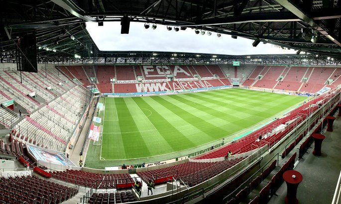 Аугсбург - Боруссия Дортмунд. Смотреть онлайн видеотрансляцию матча Бундеслиги
