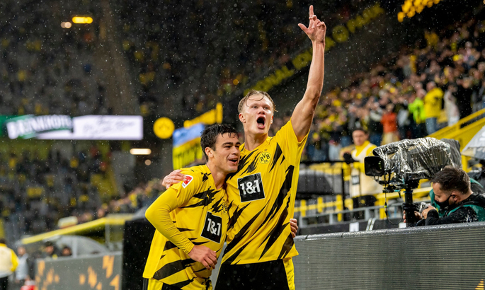 Бундеслига. Американская мечта в Дортмунде, Гладбах выиграл дерби, волевая победа Франкфурта