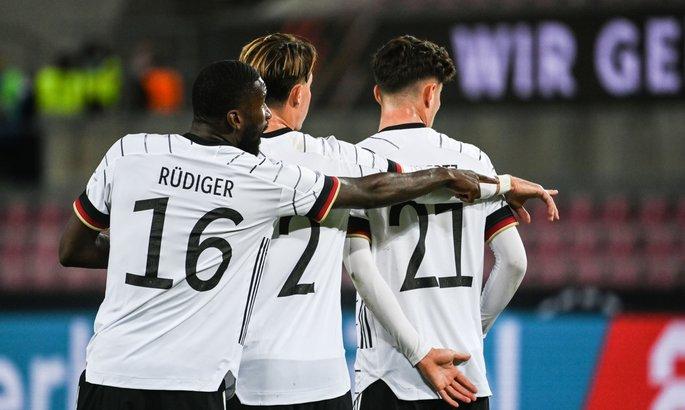 Германия - Турция 3:3. Резерв не справился