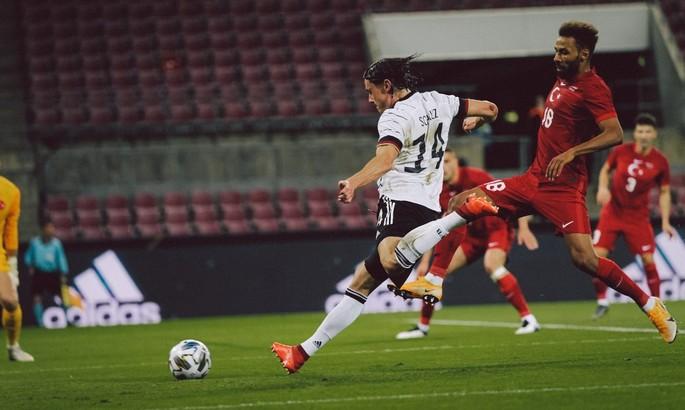 Не идеальная Бундестим. Германия - Турция 3:3. Видео голов и обзор матча
