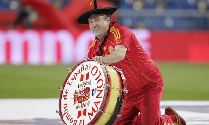 Бей, барабан: легендарный Маноло попал в беду, но его выручил Мората
