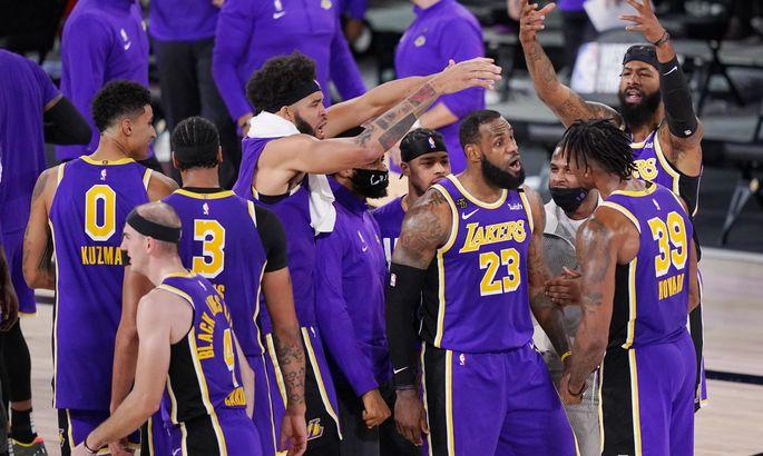 Лейкерс включился в борьбу за одного из лучших снайперов НБА