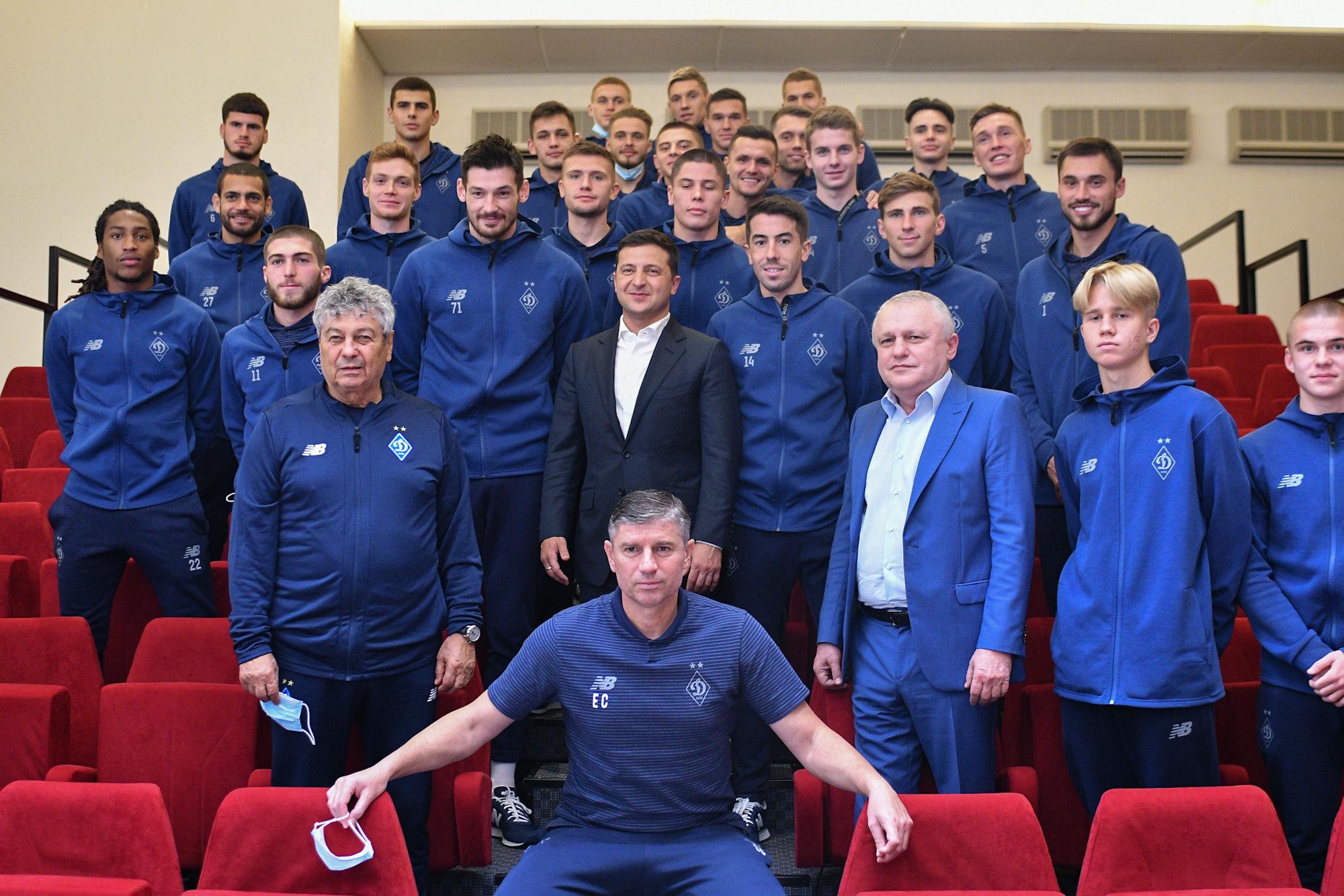 Владимир Зеленский вручил государственные награды ветеранам Динамо - изображение 2