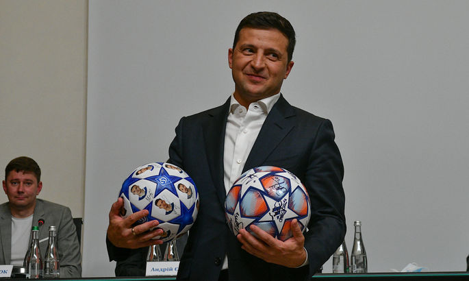 Президент України Володимир Зеленський привітав Динамо з чемпіонством
