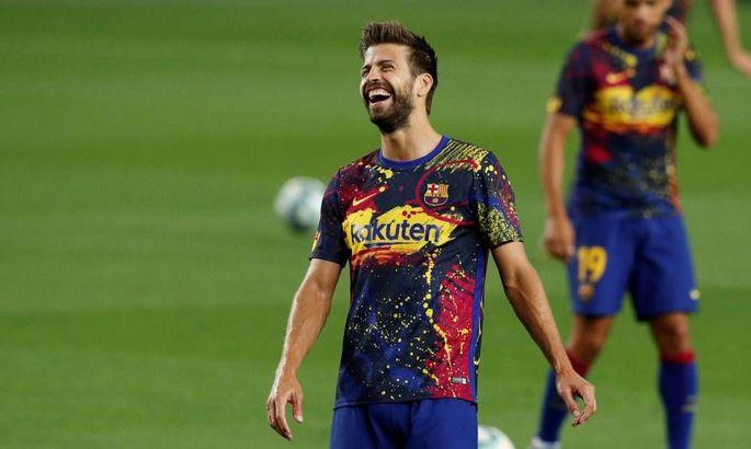 Пике пошел на снижение половины своей зарплаты в Барселоне