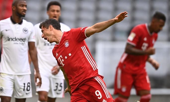 Бавария - Айнтрахт 5:0. Обзор матча и видео голов