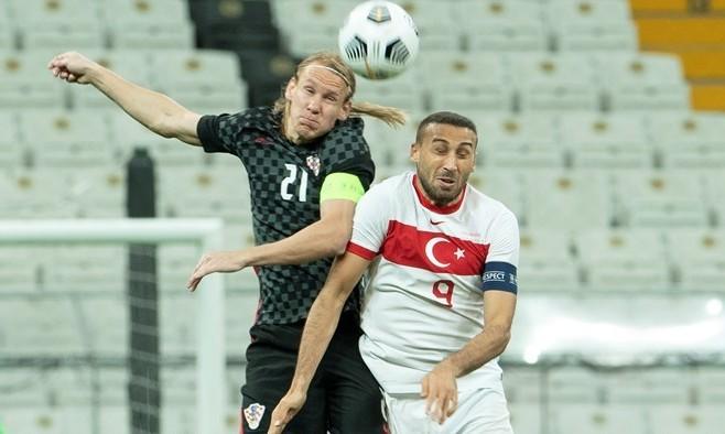 Домагой Вида в перерыве матча сборной узнал, что инфицирован коронавирусом