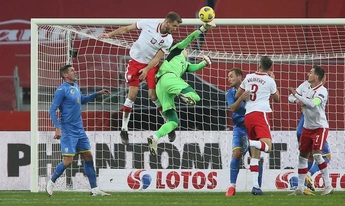 Допомога від Луніна, вдалі експерименти, пощастило. Польські ЗМІ – про матч Кадри з Україною