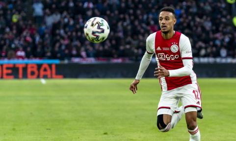 Фонсека хочет подписать 23-летнего полузащитника Аякса