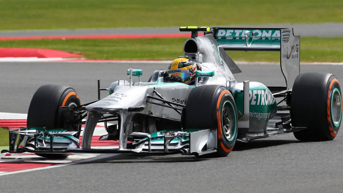 Хто найкращий пілот в історії Формули-1? І чи можна порівнювати Хемілтона і Шумахера? - изображение 2