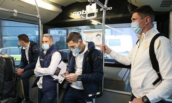 Менеджер сборной Украины: В аэропорту Цюриха к нам относились как к прокаженным
