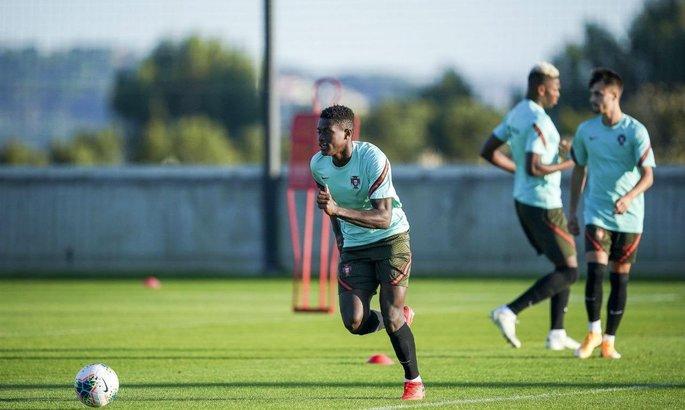 Ювентус поборется с Миланом за защитника молодежной сборной Португалии
