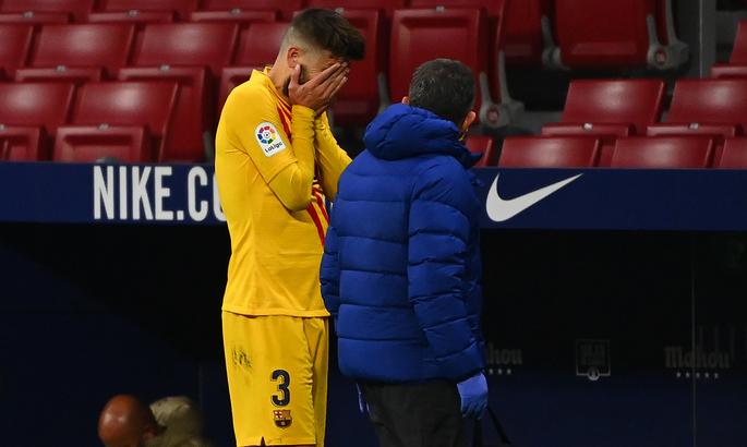 Пике не смог доиграть матч с Атлетико. Появление против Динамо под вопросом