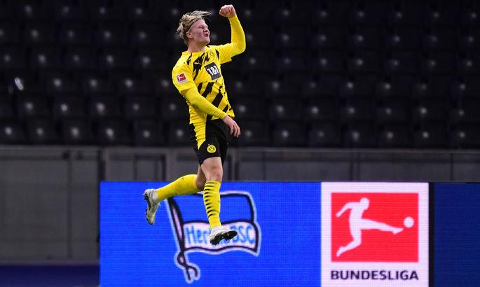 ВИДЕО, как Холанд забил четыре гола в матче Бундеслиги и почти догнал Левандовского