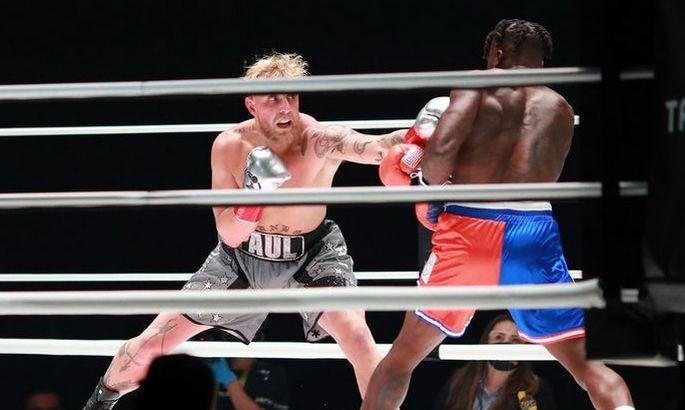 Экс-звезда НБА дебютировал в боксе – и улетел в нокаут от блогера. ВИДЕО