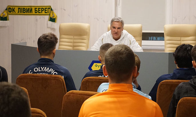 В Киеве создана еще одна команда. В ее составе замечены Александр Акименко и Виталий Рева
