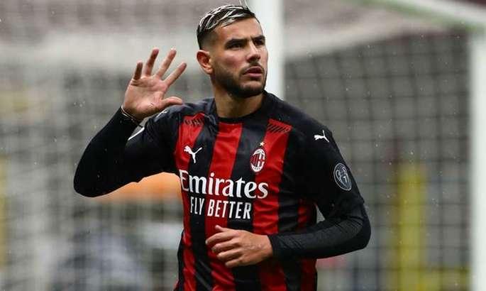 Сити хочет купить у Милана нового конкурента для Зинченко