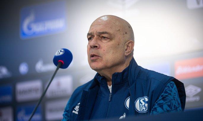 Новый тренер Шальке рассказал, что будет требовать от игроков, не побеждавших 29 матчей