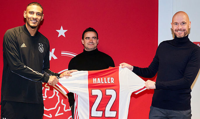 Официально: Аякс подписал форварда Вест Хэм Юнайтед