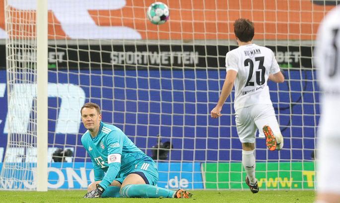 Боруссия М прервала 20-матчевую беспроигрышную серию Баварии