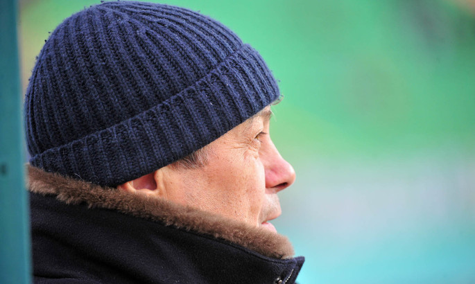 Луческу переживает за качество газона НСК Олимпийский