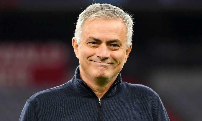 Моуриньо: Нам нужна была победа для улыбок на лицах футболистов