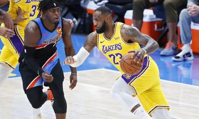 НБА: Лейкерс разбили Оклахому, победы Клипперс и Бруклина