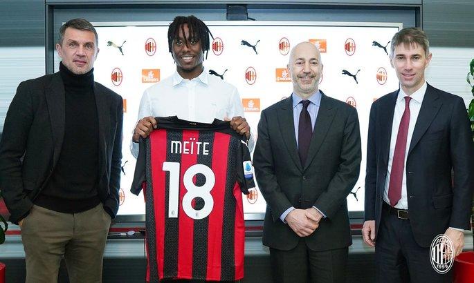 Расширение обоймы. Милан официально объявил об аренде 26-летнего полузащитника