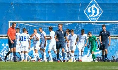 Молодежка Динамо провела совместную тренировку с первой командой Десны