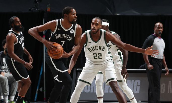 НБА: Бруклин обыграл Милуоки, Лейкерс упустили победу над Голден Стэйтом