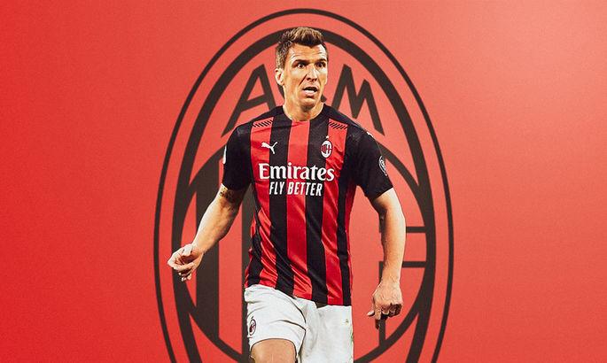 Официально: Милан подписал Марио Манджукича