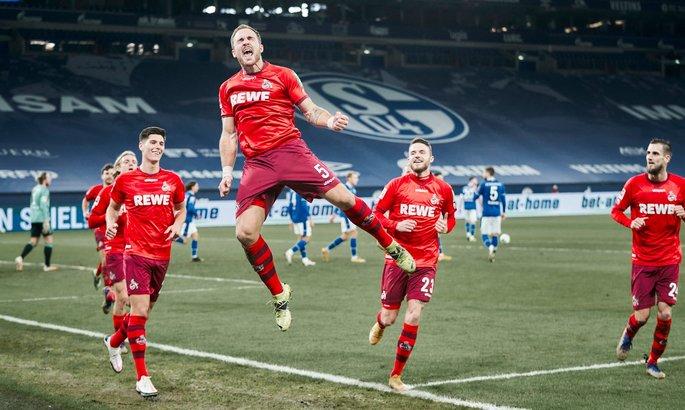 """Бундеслига. Хоппи забил пятый гол, но Шальке проиграл """"матч за шесть очков"""" Кельну"""