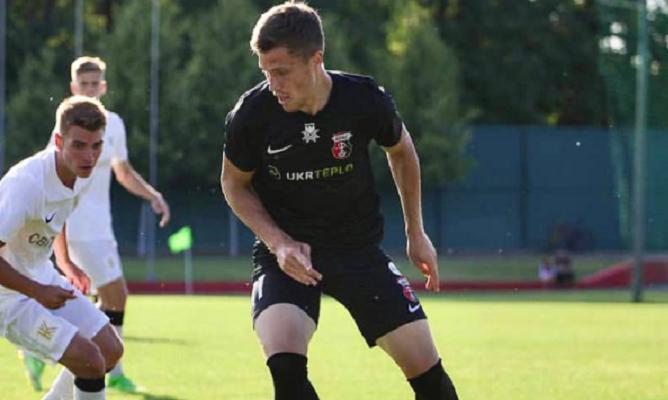 Верес расторг контракт с 22-летним полузащитником