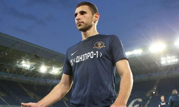 Днепр-1 разорвал контракт с центральным защитником