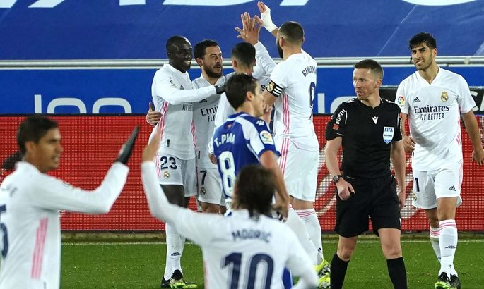 Бензема: Реал нуждается в Азаре образца его выступлений за Челси