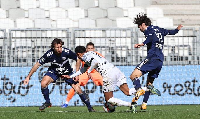 Лига 1. Бордо и Метц разрывают, а Реймс забил самый курьезный гол сезона