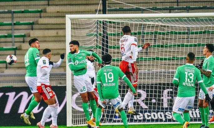 Лига 1. Сент-Этьен - Лион 0:5. Унижение вместо борьбы в дерби Роны