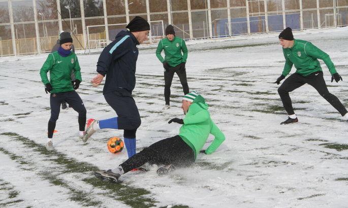 Трех игроков Зари арендует ВПК-Агро, команда такеж попрощалась с 8 своими футболистами
