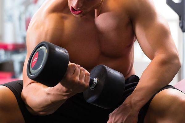 Боль в руках после тренировки: причины и как от нее избавиться - изображение 1