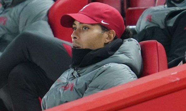 Моуриньо: Только один футболист сможет заменить ван Дейка - ван Дейк