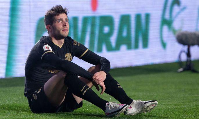 Успел отыграть два матча. Игрок Барселоны пропустит около пяти недель из-за второй травмы подряд