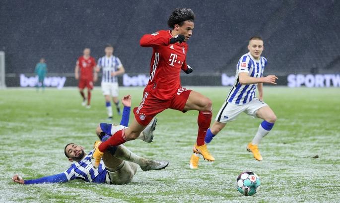 Бундесліга. Повернення Хедіри, незабитий пенальті Левандовського і... перемога Баварії