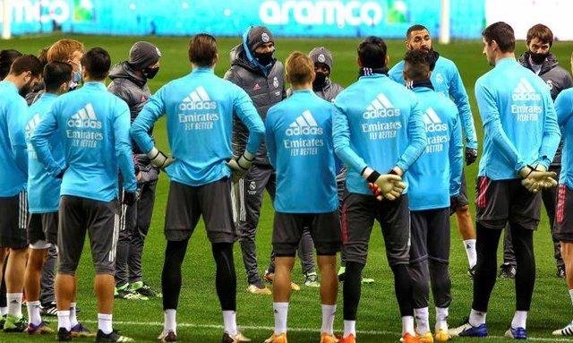 Кадровый кризис продолжается. В заявке Реала на ближайший матч лишь 14 игроков взрослой команды