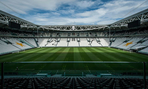 СМИ: Матч Лиги Европы между Реалом Сосьедад и МЮ пройдет в Италии