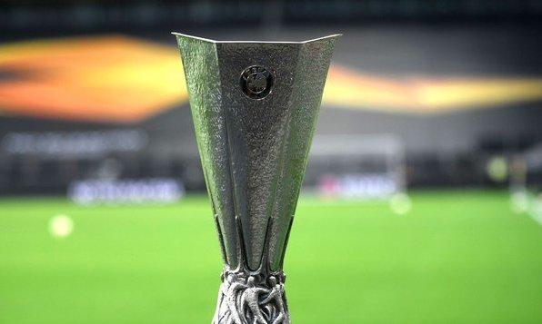 Официально: Матч Реал Сосьедад - МЮ состоится в Италии