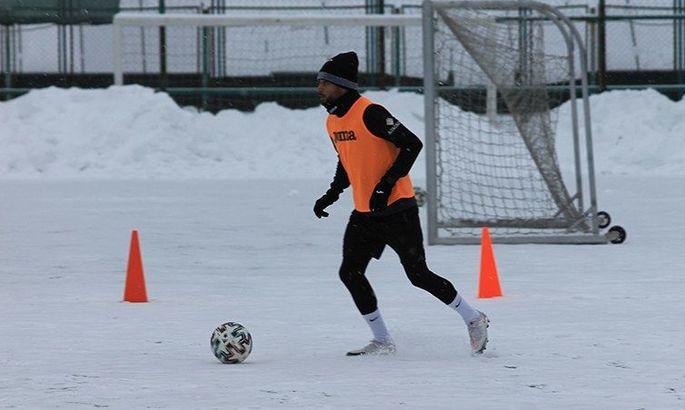 Хавбек Олимпика Таллес: Динамо - фаворит, но обыграть можно даже Ливерпуль